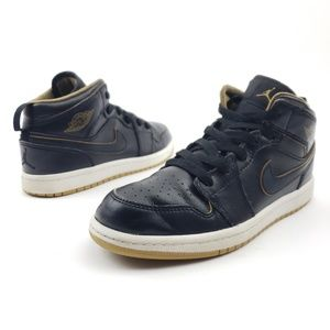 NIKE AIR JORDAN 1 Retro Mid GS sz 3Y